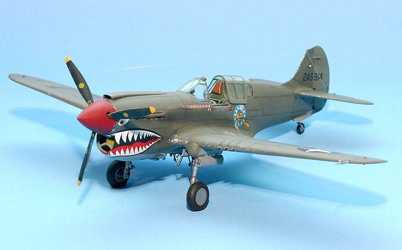 Hasegawa P-40K – July 2017 - FineScale Modeler - Essential