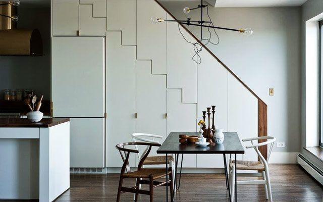 | Aprovechando el espacio bajo la escalera (II): Cocinas