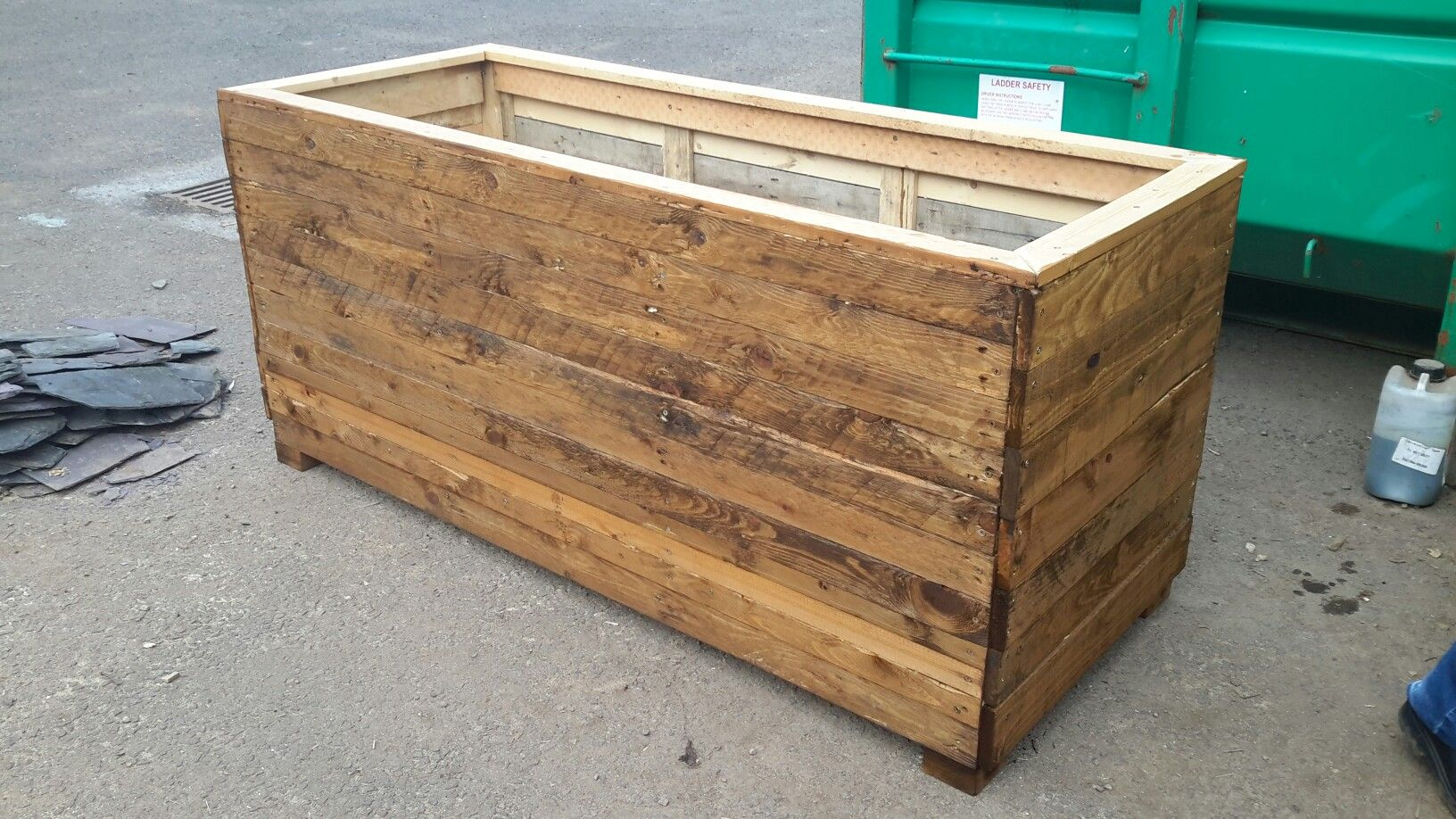 2m x 1m x 1m pallet wood planter boxes wood repurposing projects dundee scotland. Black Bedroom Furniture Sets. Home Design Ideas