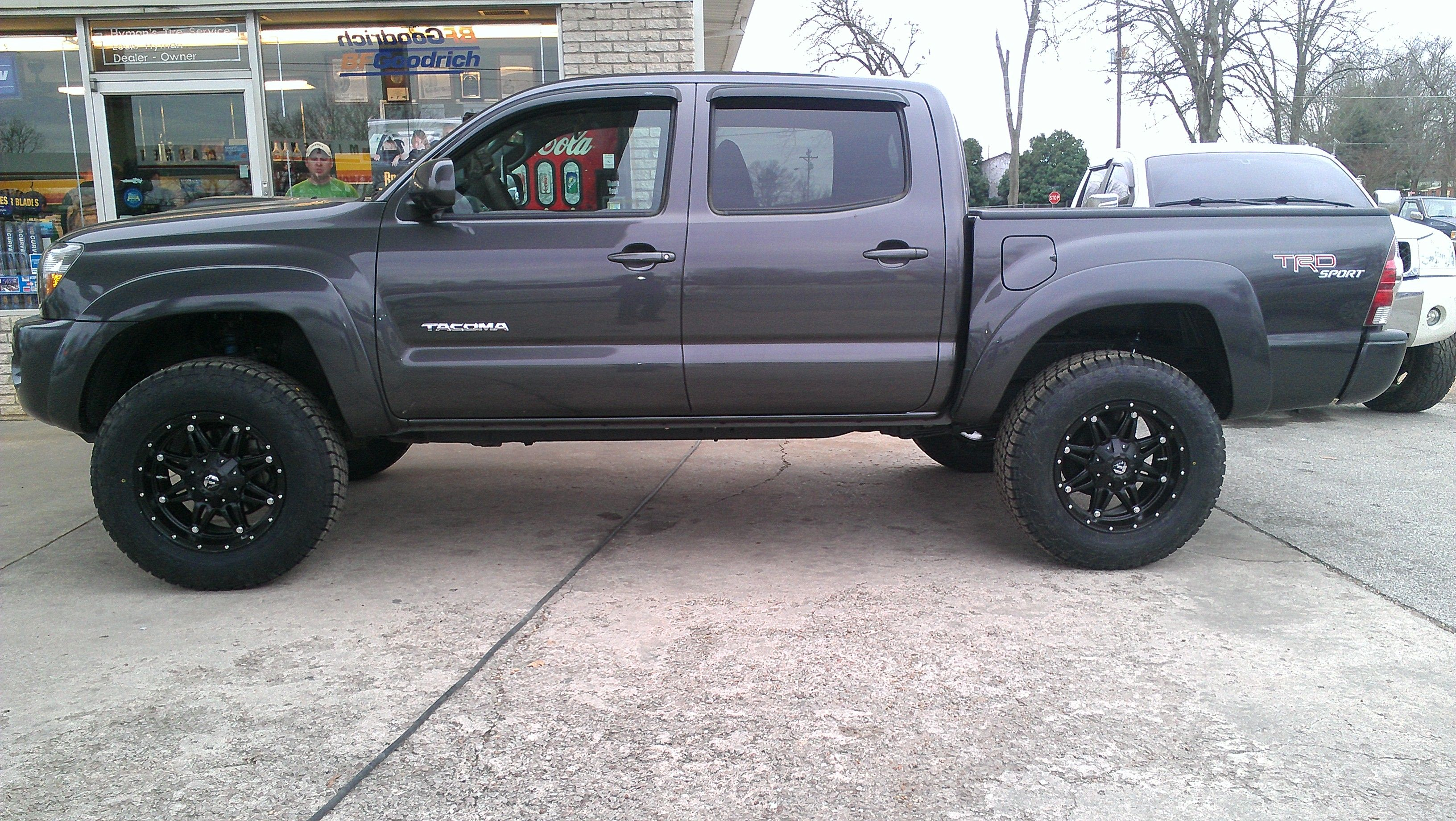 toyota tacoma 3 inch lift 33' tires - Google Search