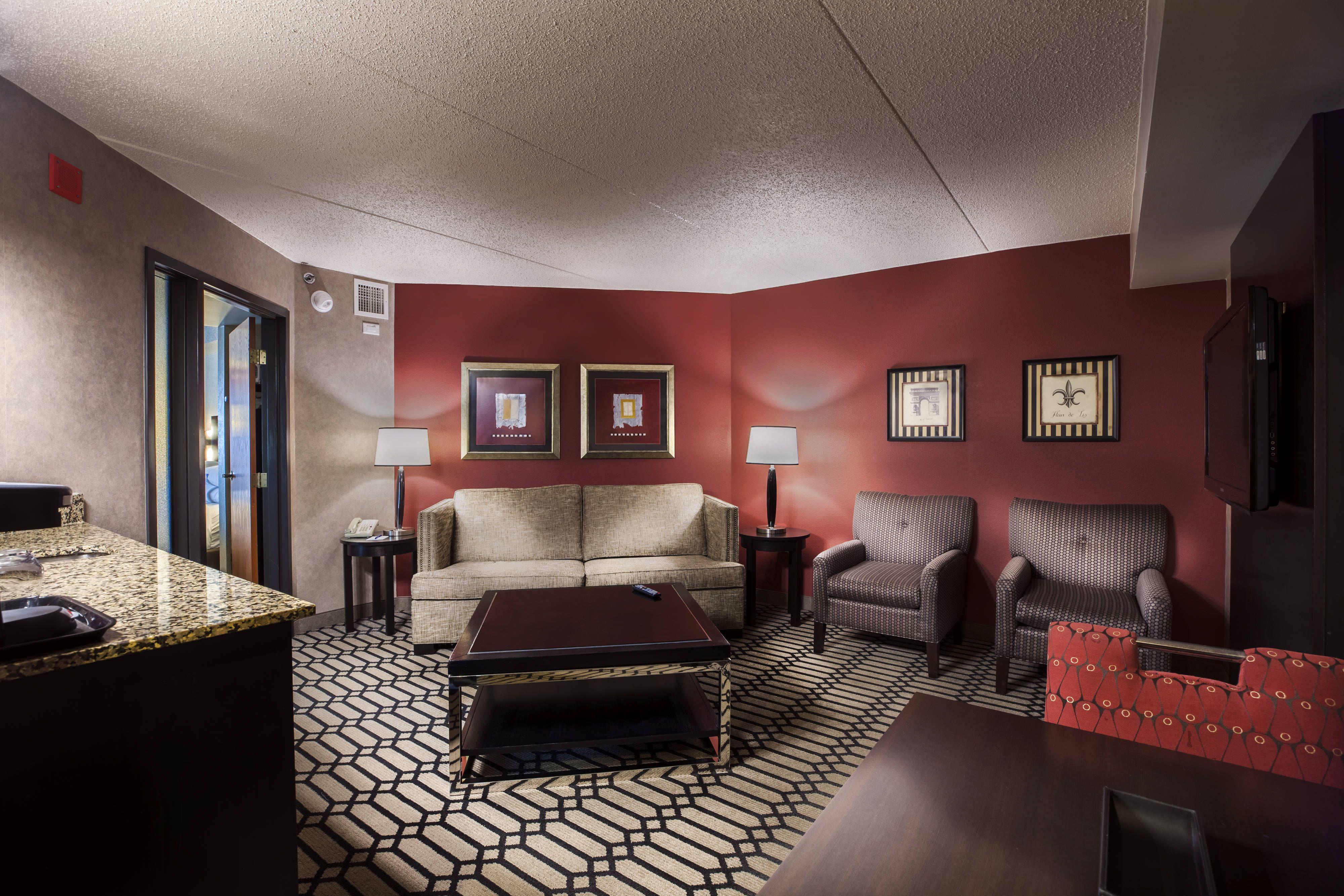 Delta Hotels Fargo Honeymoon Suite Living Area Enjoying Happy