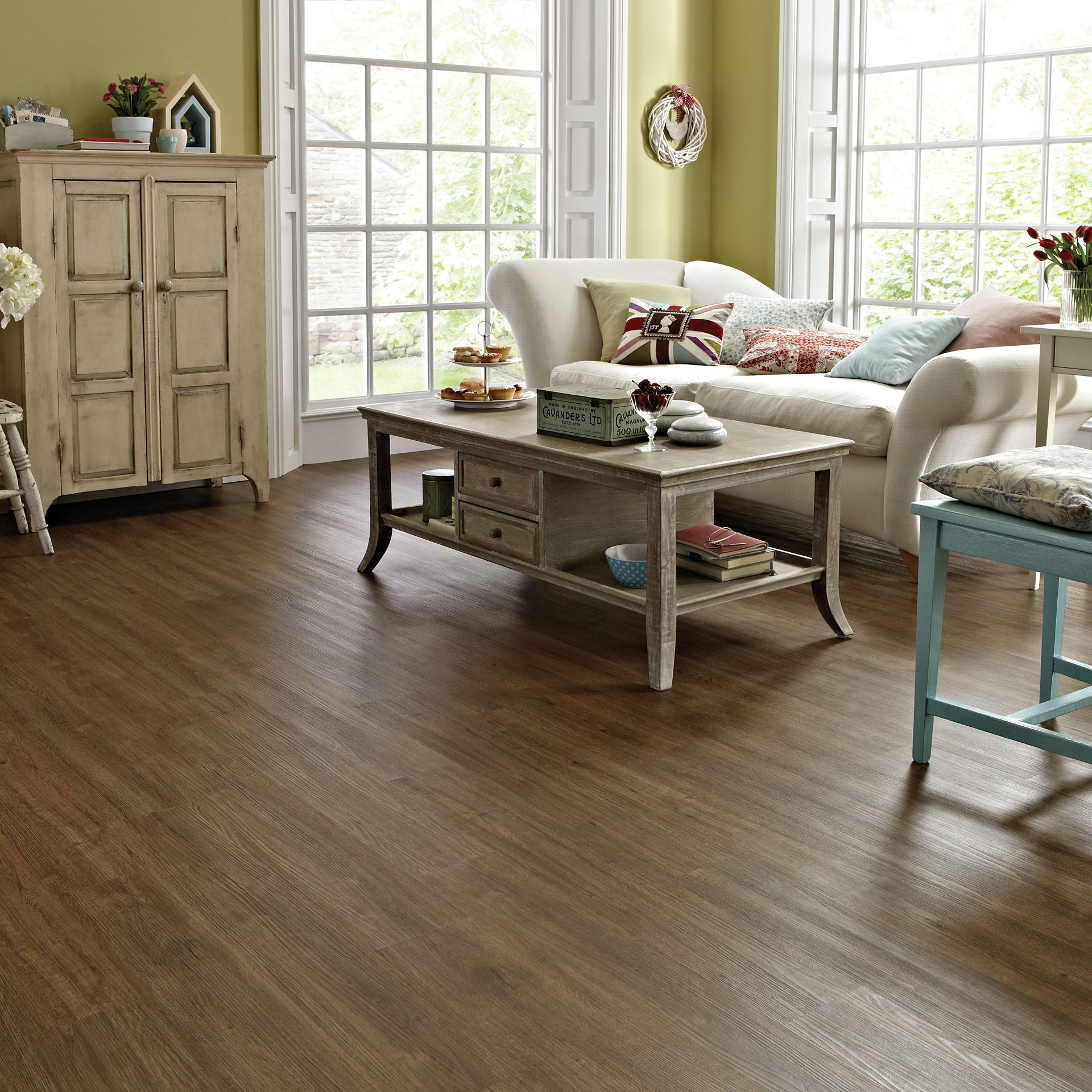 Natural Wood Effect Flooring Tiles And Planks Mid Brushed Oak