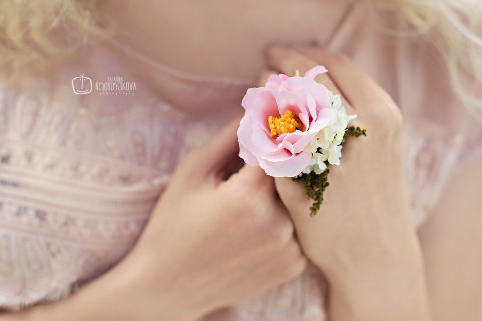 ring: MagaelaAccessories https://www.etsy.com/listing/205256985/ring-dance-of-the-morning-dew-flower?ref=shop_home_active_3 photo: http://www.katarinanedoroscikova.com/