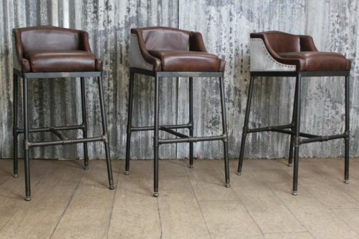 stuhl industrialdesign leder schwarz braun metallbeine   Möbel, die ...