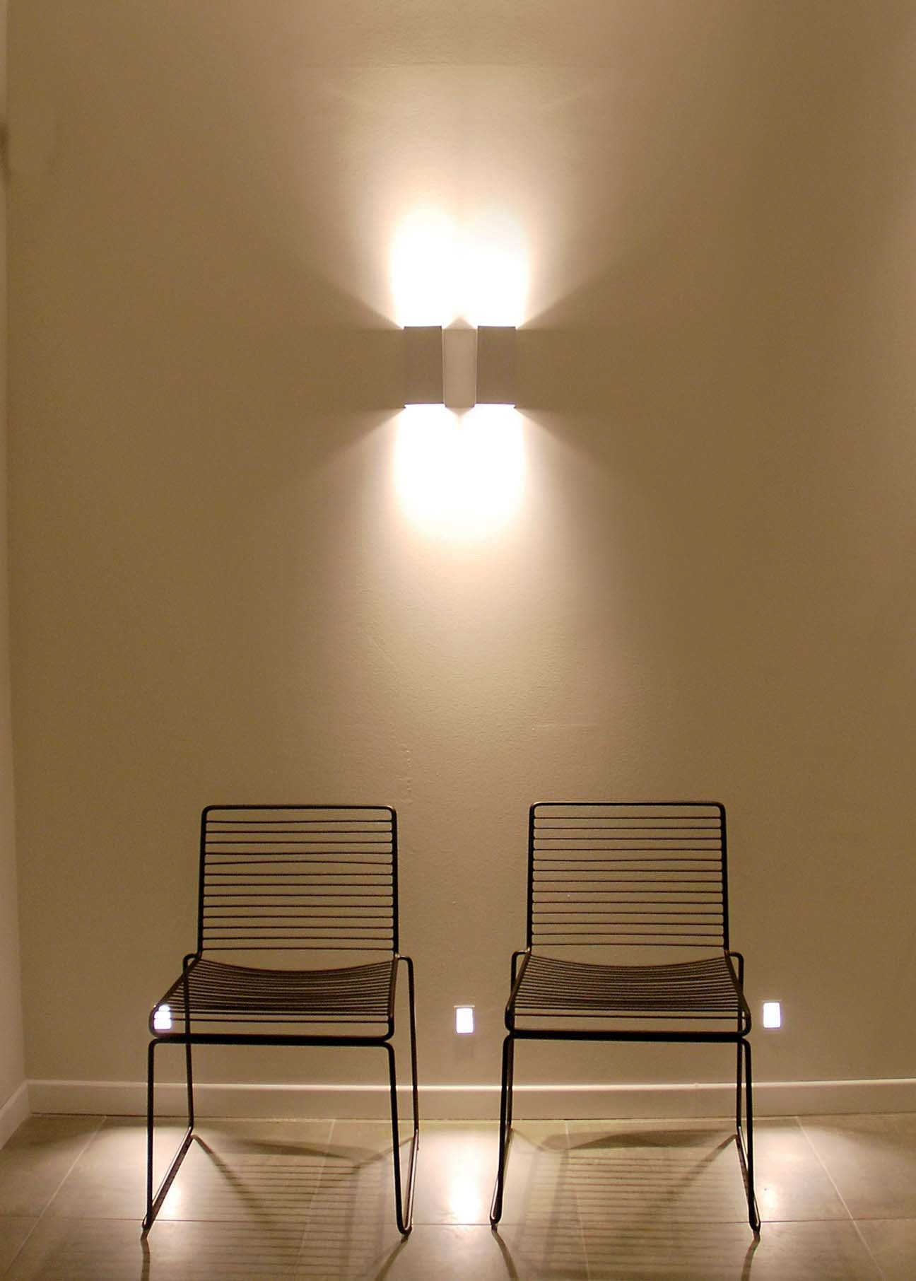 direct indirect light wall light marupe by flexalighting. Black Bedroom Furniture Sets. Home Design Ideas