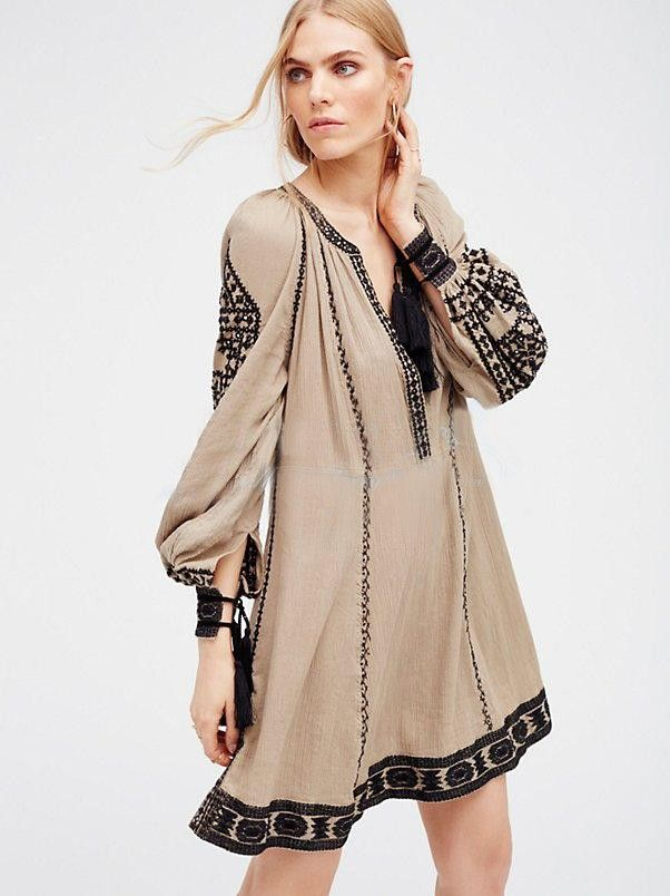 2018 Womens Floral Embroidery Boho Ethnic Beach Casual Long V-Neck Fashion Dress