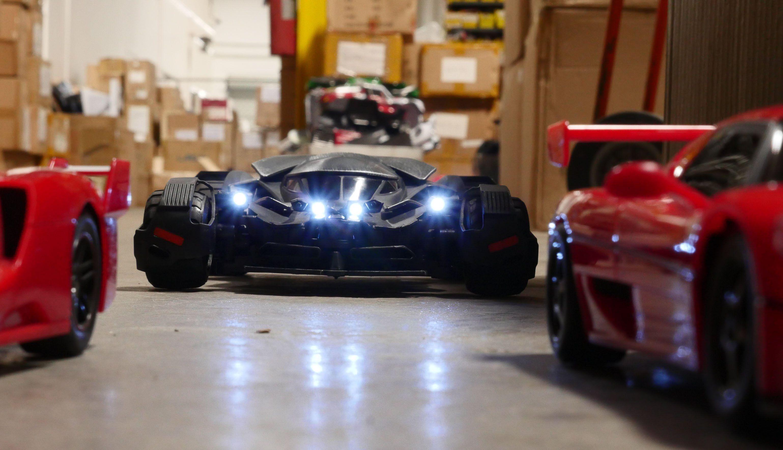 Rc Battle Ferrari F50 Fxx Vs Batmobile Batmobile Ferrari Battle