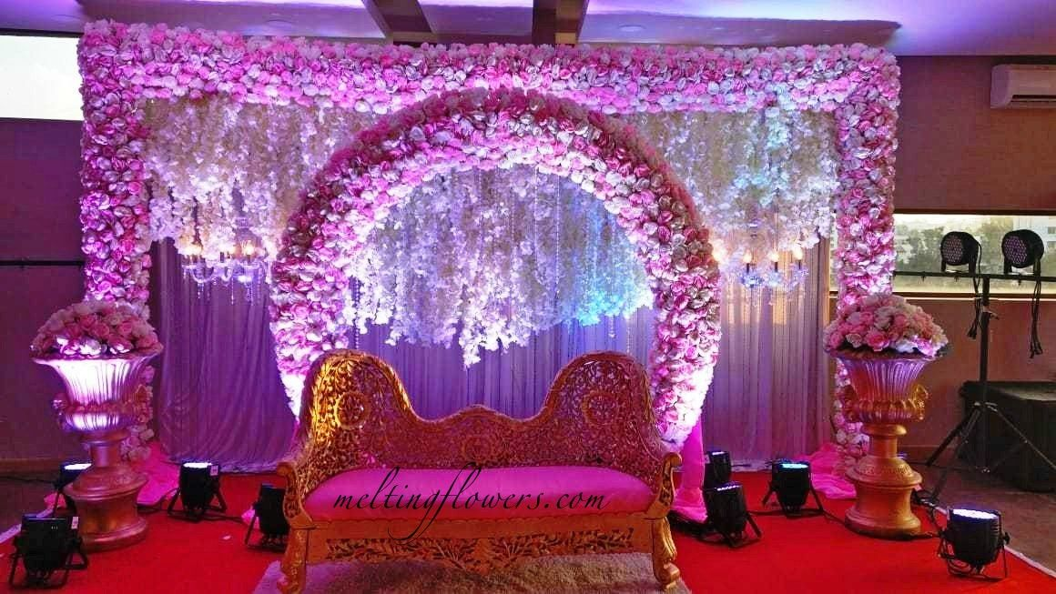 Reception Flower Decoration For Wedding Stage from i.pinimg.com