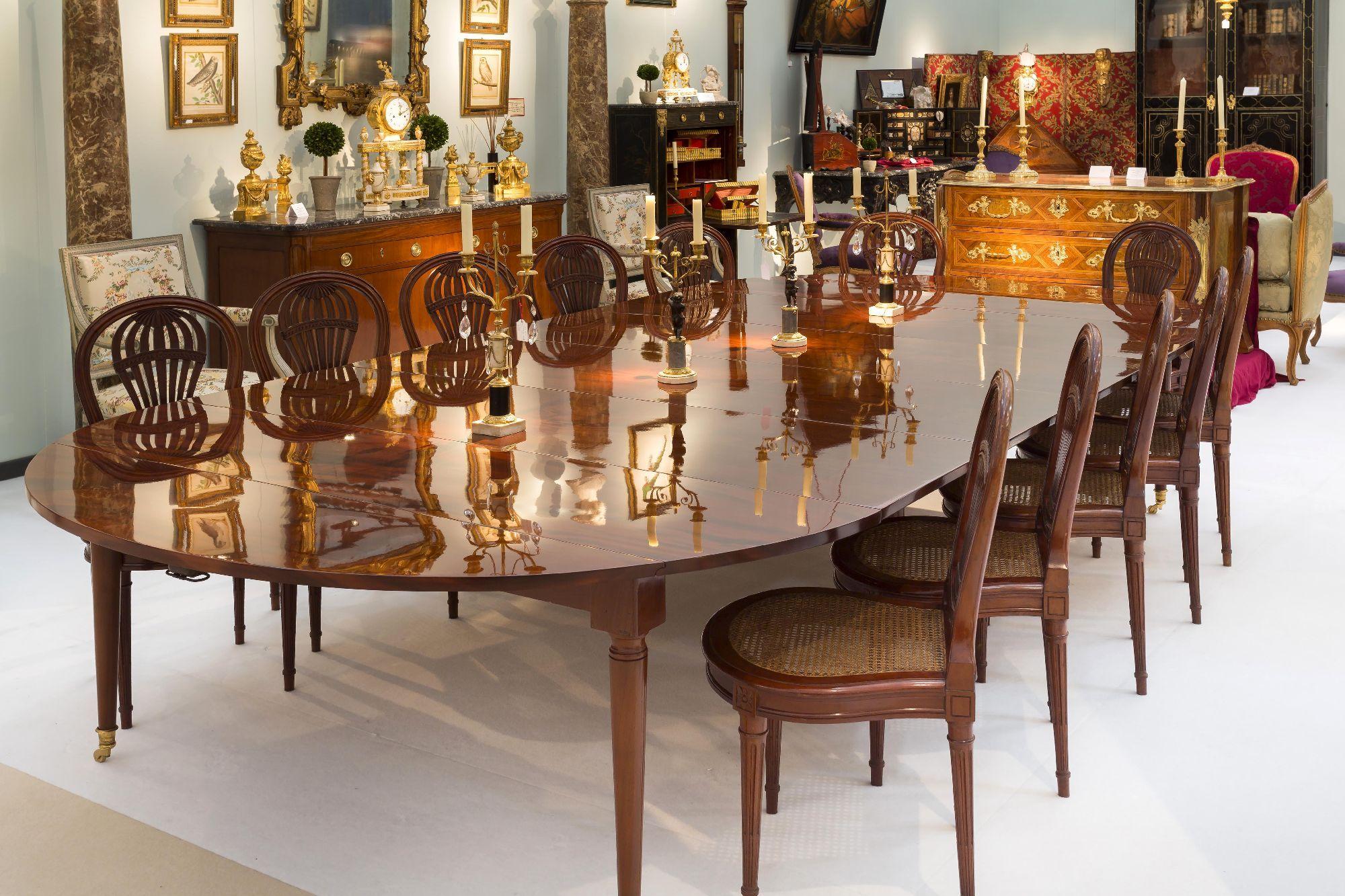Brochure Très Grande Table De Salle à Manger Dépoque Louis XVI Ou - Salle a manger louis 16