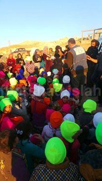 تستكمل لجنة اﻹغاثة في جمعية الإرشاد والإصلاح توزيع مساعدات على الإخوة السوريين حيث استفادت 70 عائلة سورية من اللاجئين الجدد من المساعدات المقد مة من الندو Sports