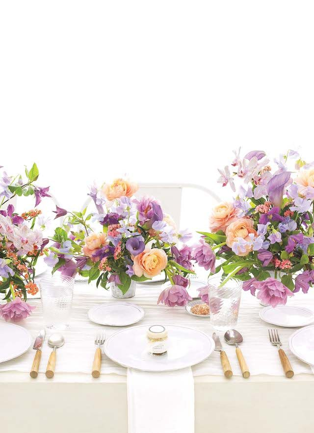 Lavender and peach centerpieces from Martha Stewart Weddings | see more on:  http://burnettsboards.com/2014/03/color-theory-floral-design/