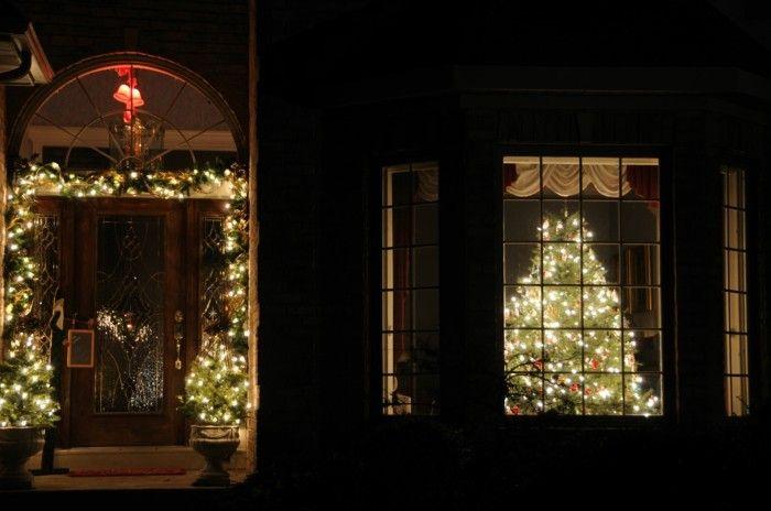 Led Weihnachtsbeleuchtung Macht Die Stillen Und Heiligen Nachte Noch Energieeffizient Christmas Window Lights Xmas Window Decorations Christmas Lights