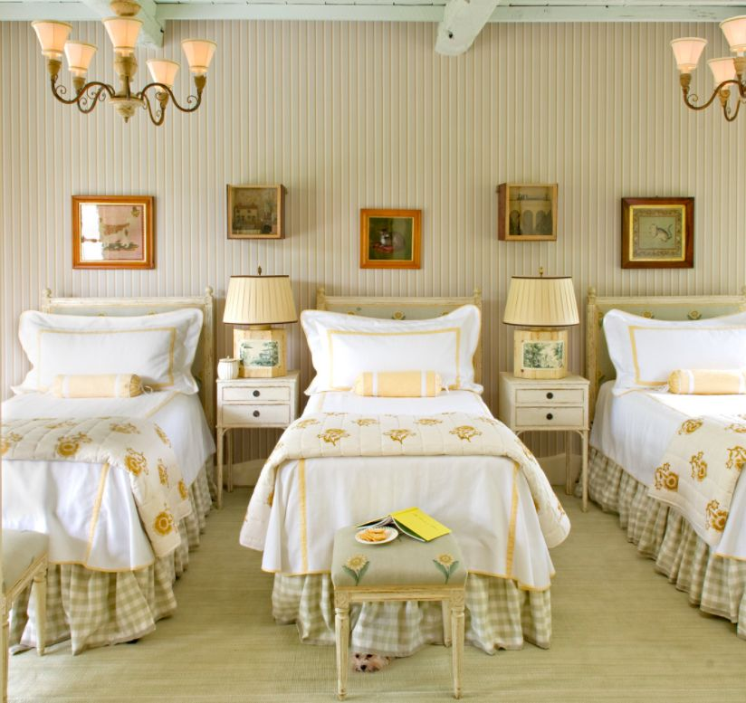 One Idea 3 Beds In A Guest Room Can Be 3 Singles Or A King And