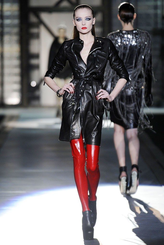 Dsquared2 Fall 2010 Ready-to-Wear Collection Photos - Vogue