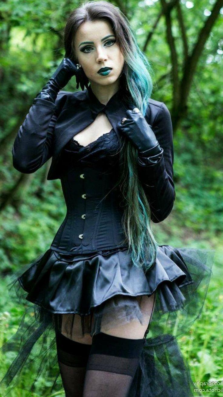 sexy Dame mit schickem Korsett #grungegoth