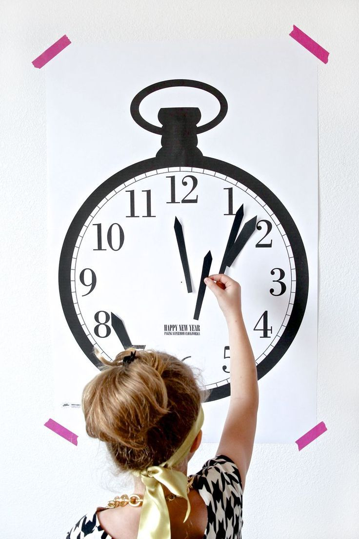 Family-Friendly New Year\'s Party Ideas | Clock games, Free printable ...