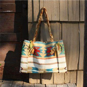 Love The Native American Patterns Handbags Tribal Bags