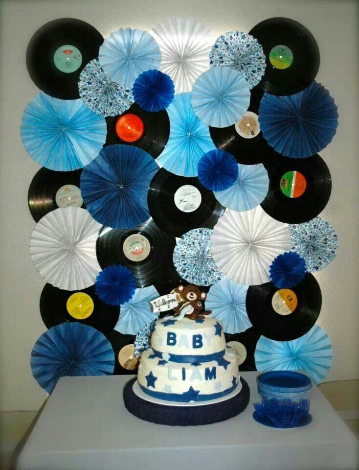 Rockstar monkey themed baby shower record and paper fan backdrop valeries 13 geburtstagsparty - 80er party dekoration ...