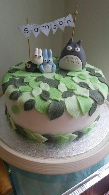 I Like The Leaves I Dont Need Totoro On Top Of It My Sons