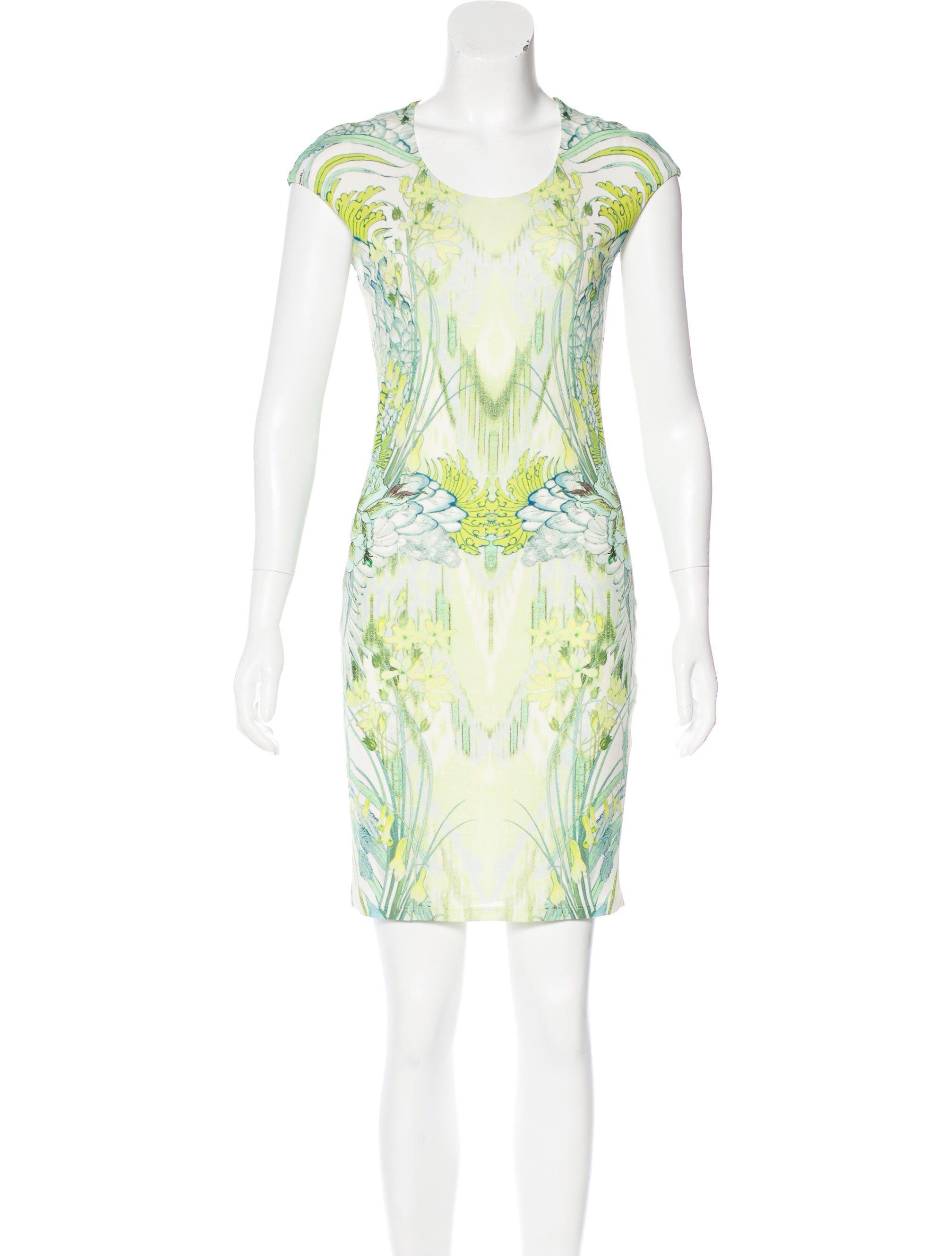 f881f795f63bd Roberto Cavalli Light Green Dress | Stylish in 2019 | Dresses, Green ...