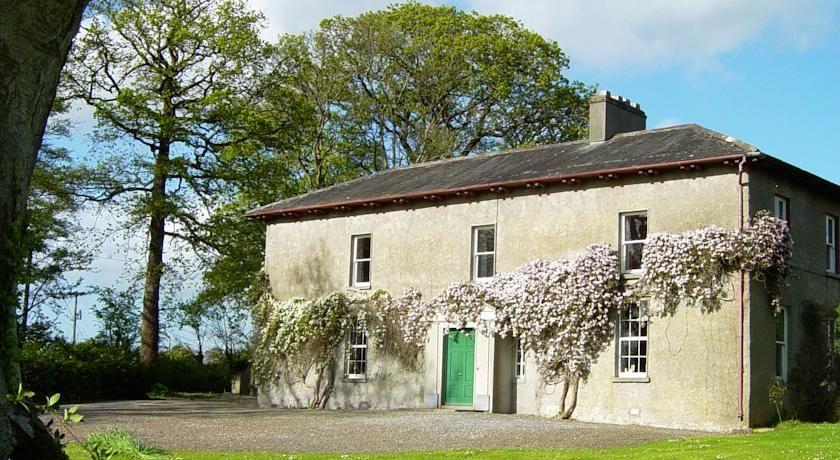Farmstay B B Near Nenagh Co Tipperary Bayly Farm B B Nenagh Farm Stay Old Farmhouse