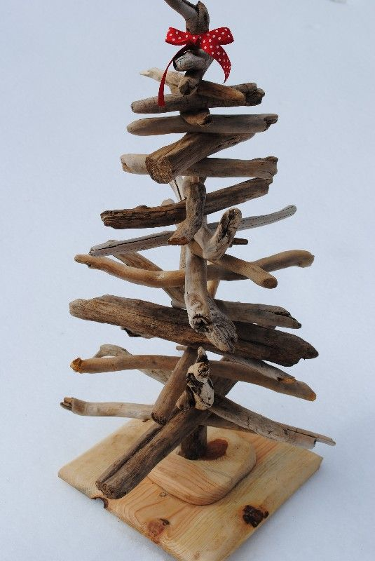 sustainable driftwood christmas tree