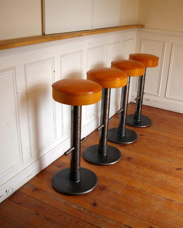 Tabourets de bar design cuir et métal jpg