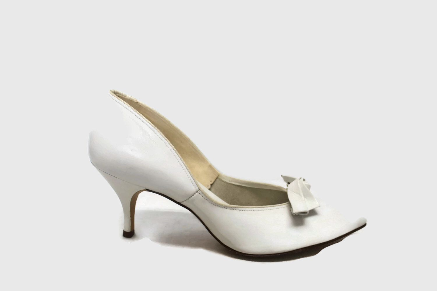 Nos 50s Shoes 2 Prs Of 1950s High Heels Ivory White 1950s Pumps Size 6 Zapatos Victorianos Zapatos Victoriano