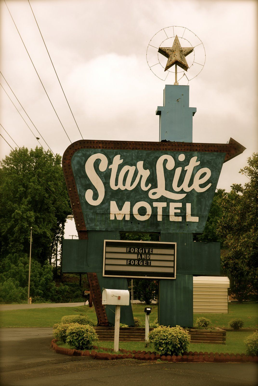 Motel Sign Holiday Inn