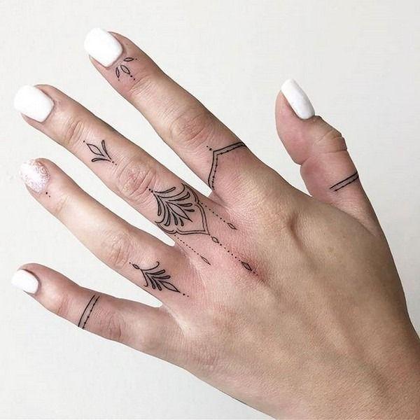 52+ Pretty Small Finger Tattoo Ideas For Women * 2020