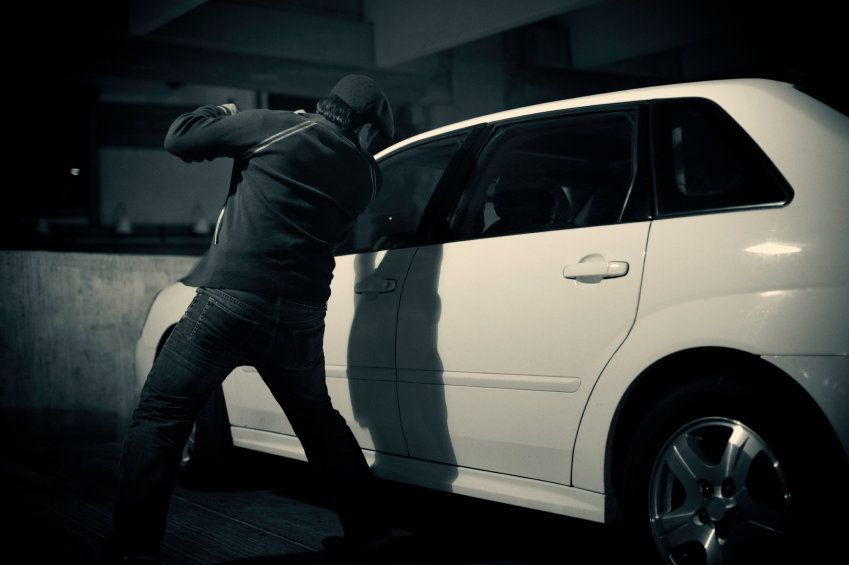 9 Ways To Prevent Your Car From Getting Broken Into Women On