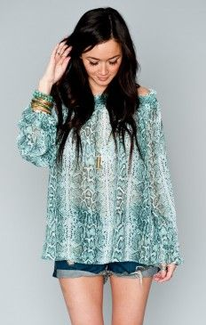 Marie Marie Scrunch Top ~ Turquoise Python