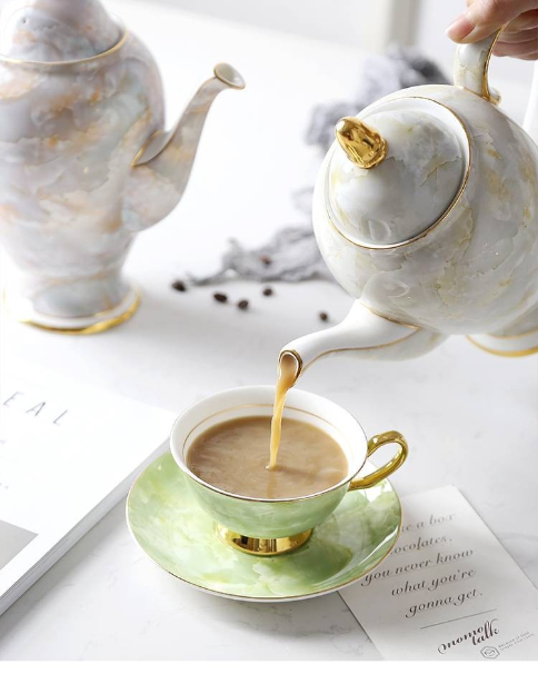 European Coffee Pot Home Large Capacity Kettle Teapot Bone English Ceramic Teapot In 2020 Ceramic Teapots Tea Pots Ceramics
