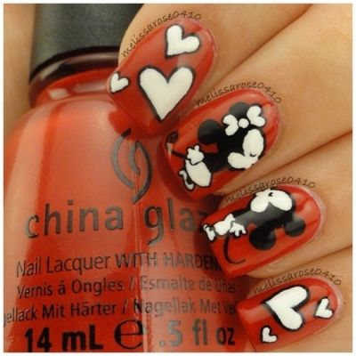 Mickey Mouse and Minnie Mouse nails