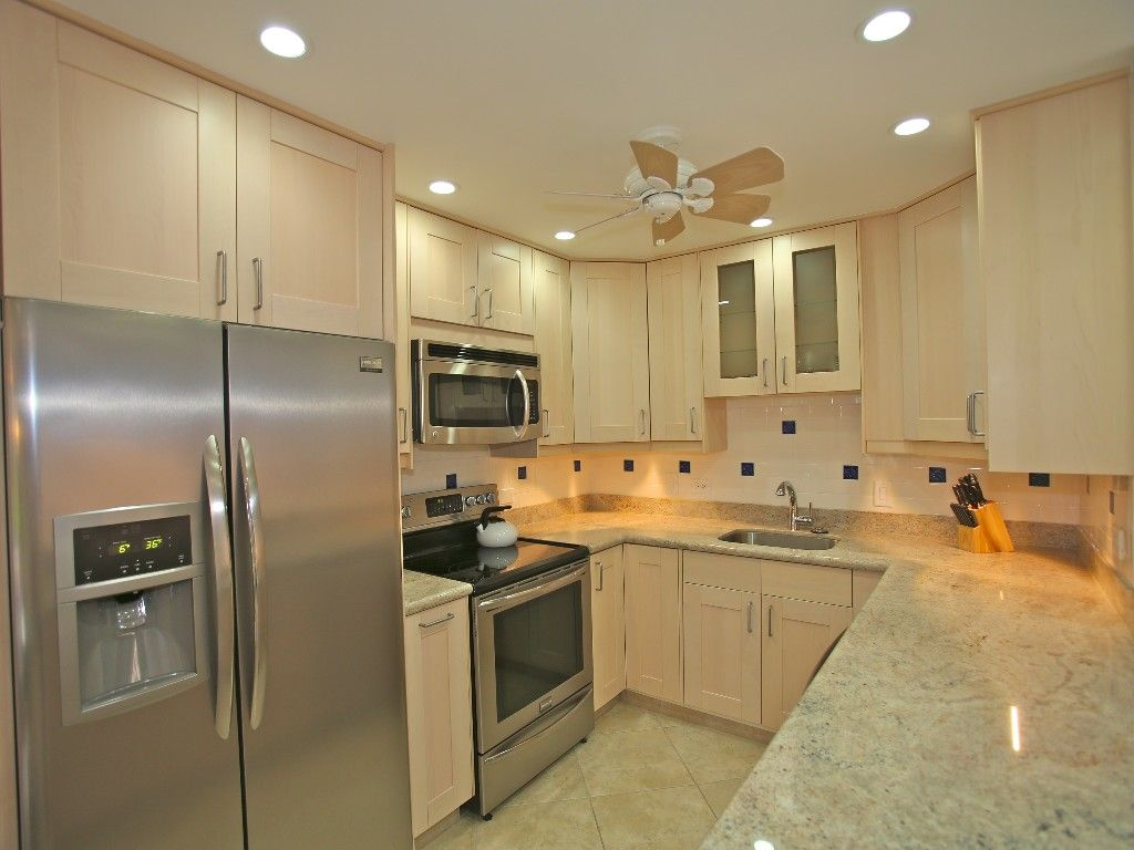 Kitchen Stainless Steel Appliances Granite Counter Tops