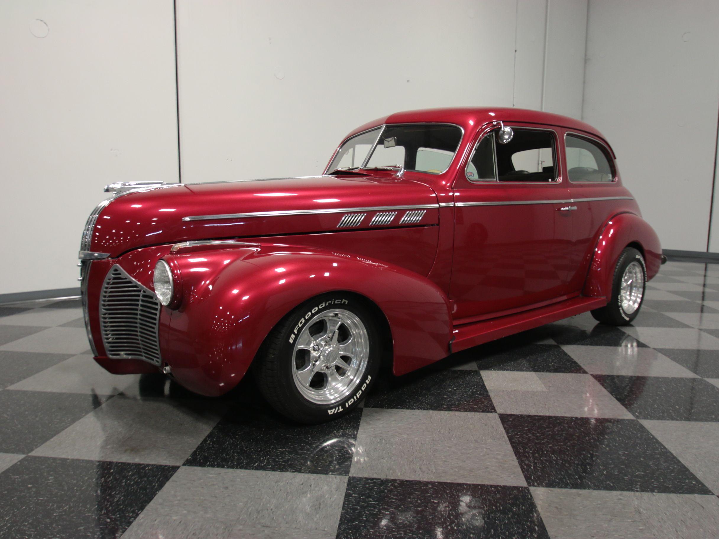 1940 Pontiac Deluxe | Streetside Classics - The Nation\'s Top ...