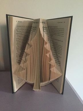 Book Folding Pattern For A Large Christmas Tree Pine Craft