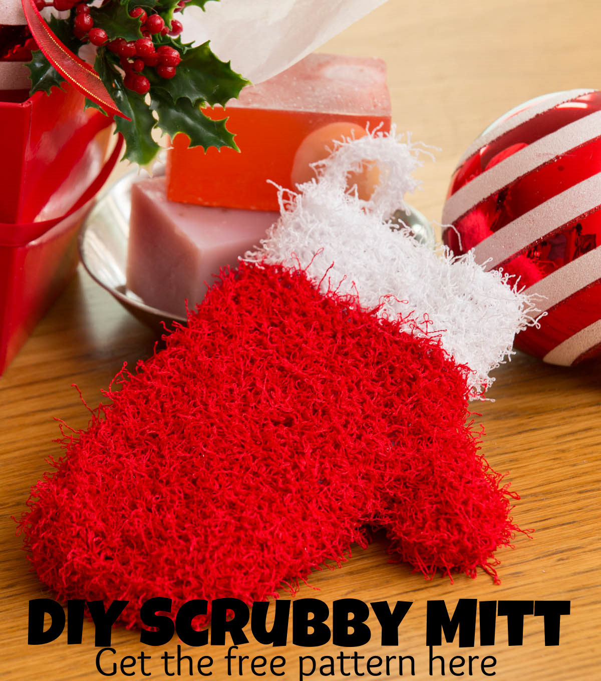 Give a holiday scrubby mitten as a gift for anyone on your Christmas ...