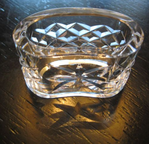 WATERFORD-ALANA-Crystal-Oval-Napkin-Ring