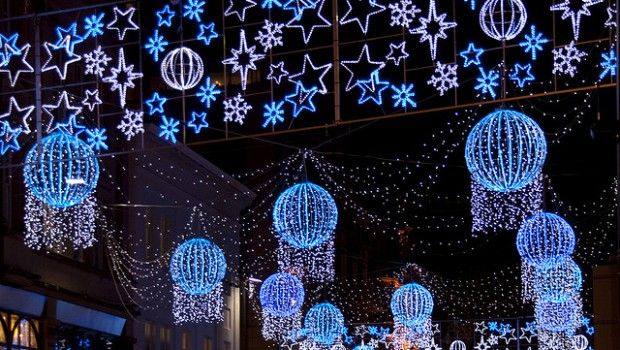 Preston Christmas light switch on | Christmas around the world ...