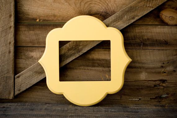 Love these yellow whimsical frames.