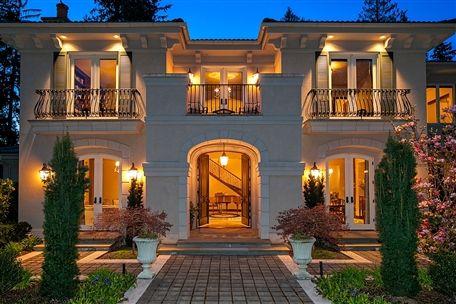 Classic Mediterranean Home In Issaquah Washington
