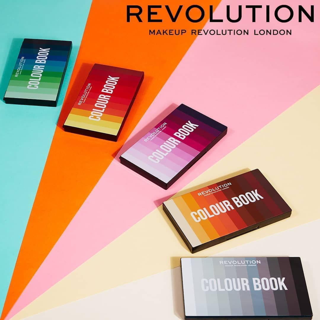 Colour Book Palettes By Makeup Revolution Fixing Spray