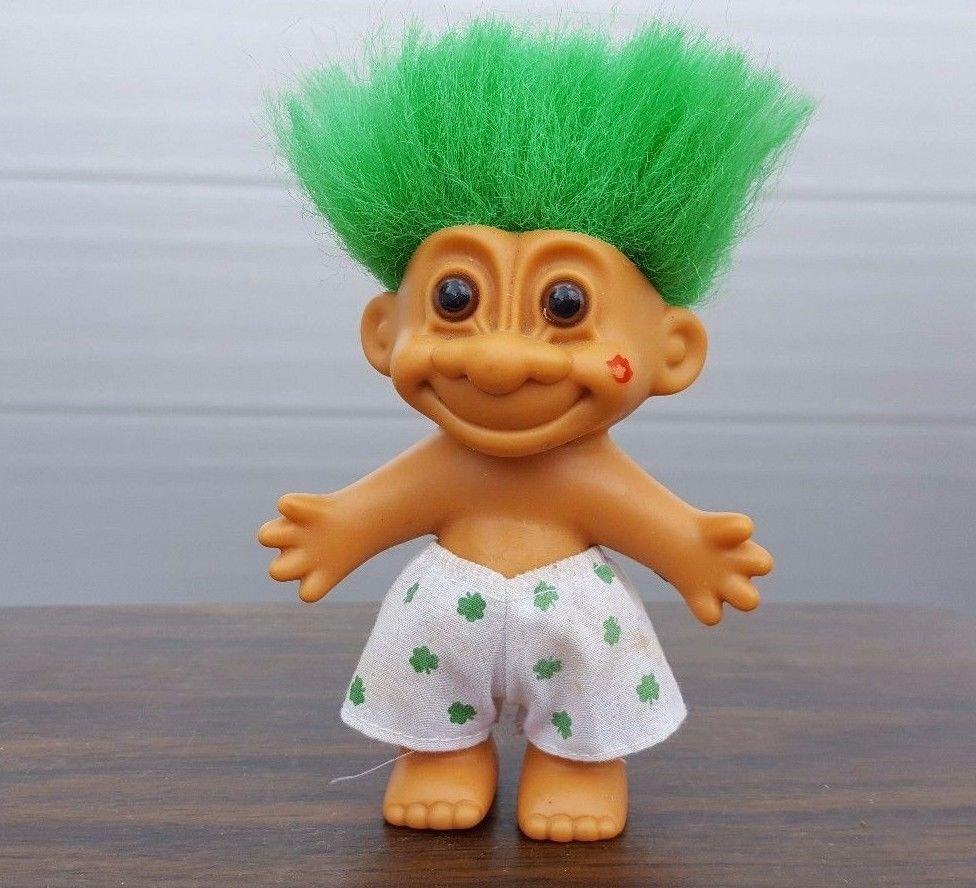 Russ 5 Troll Doll Kiss Me I M Irish Green Hair Heart Shorts Kiss On