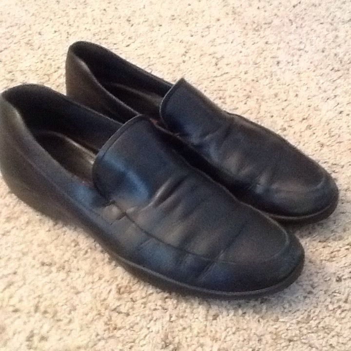 Prada Men's Black Leather Loafers