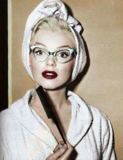 """MM in """" How to Marry a Millionaire"""", 1953."""