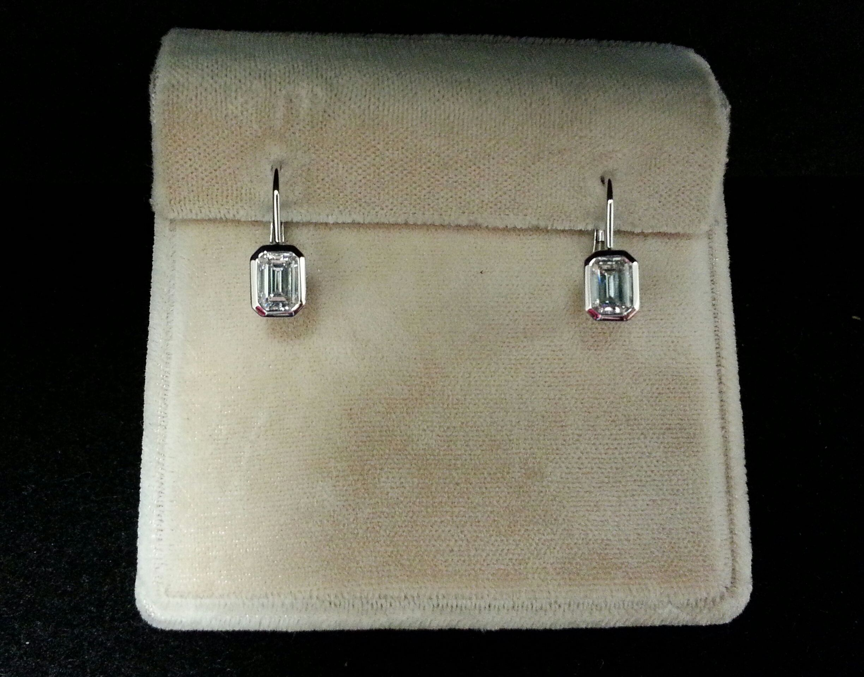 18k White Gold Bezel Set Emerald Cut Diamond Earrings F Vs Si D1