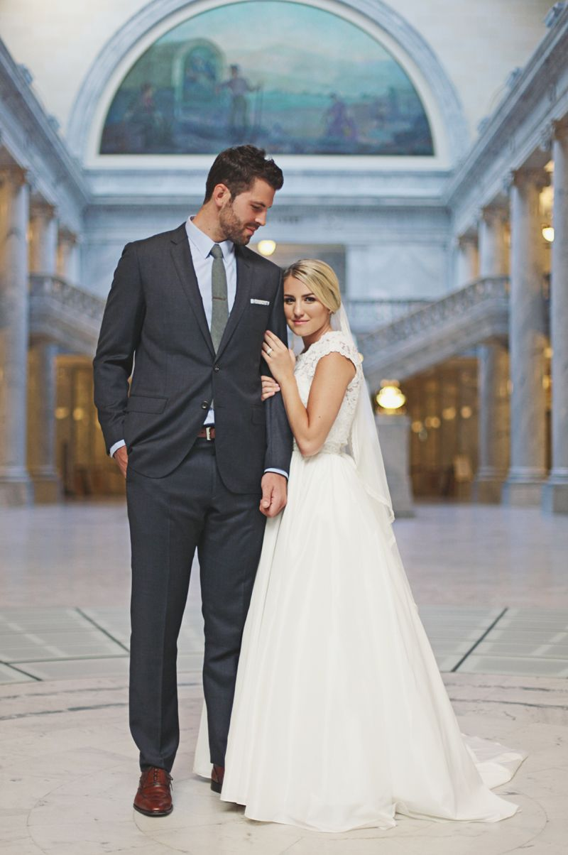 E M M A S T E V E P A N O S B R I D A L S Tbarton Photography Short Bride Wedding Photography Poses Wedding Poses [ 1204 x 800 Pixel ]