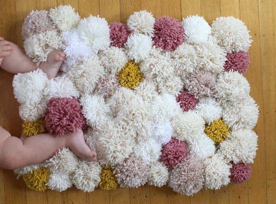 You Ll Love To Make A Super Cute Pom Pom Rug Diy Home
