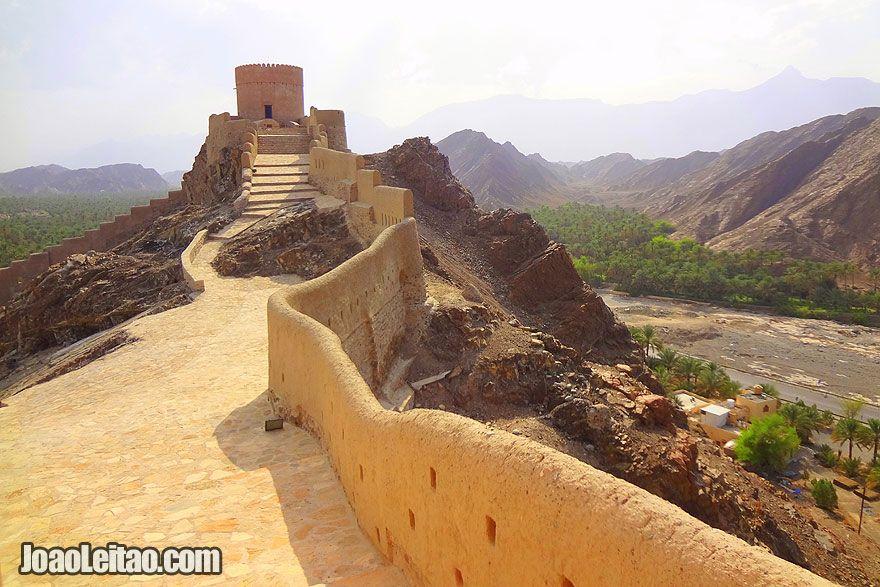 Visit Samail Castle in Oman